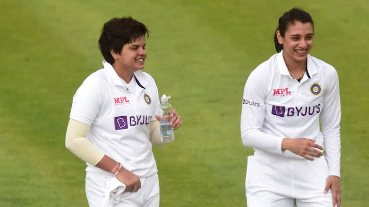 EngW v IndW Test : Stunning collapse by India after great opening stand