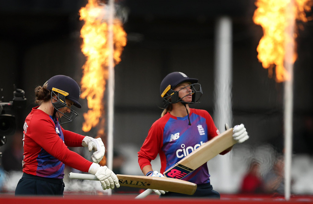 EngW v IndW T20Is : England wins first match on DL method