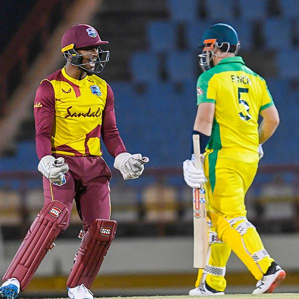 Aus v WI T20Is: Sensational batting collapse by Aus as WI win by 18 runs