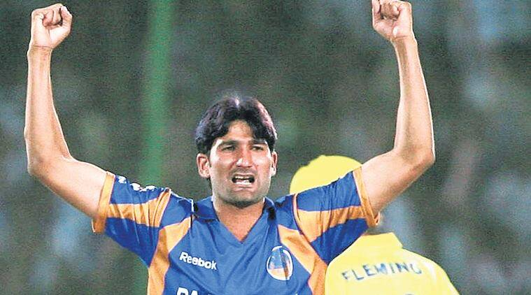 Top 5 best bowling figures in IPL history