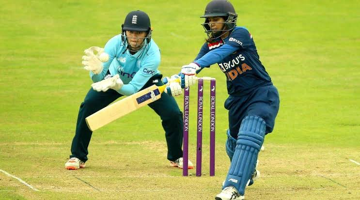 EngW v IndW ODIs: Poor batting by India in 2nd ODI