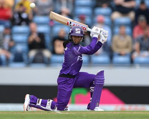 """Jemimah Rodrigues lits up """"the hundred"""" with a dazzling 92 in team win !!"""