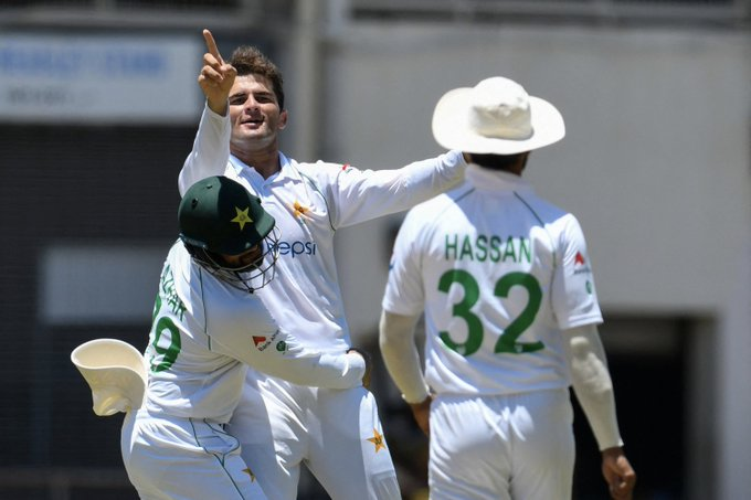 West Indies beat Pakistan by the barest of margins in a sensational finish