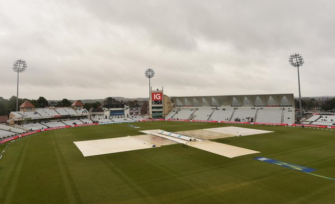 Indian fans disappointed on 5th day Ind v Eng washout