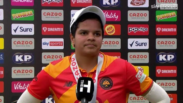 Shafali Verma finally discovers her form in the hundredwith a 42 ball 76 !!