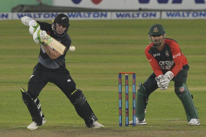 Latham bowlers help New Zealand to consolation win in final T20I
