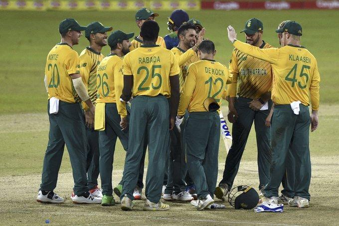 South Africa rattles Sri Lanka in 1st T20I